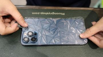 Dán kim cương 3D mặt sau iPhone 12 mini